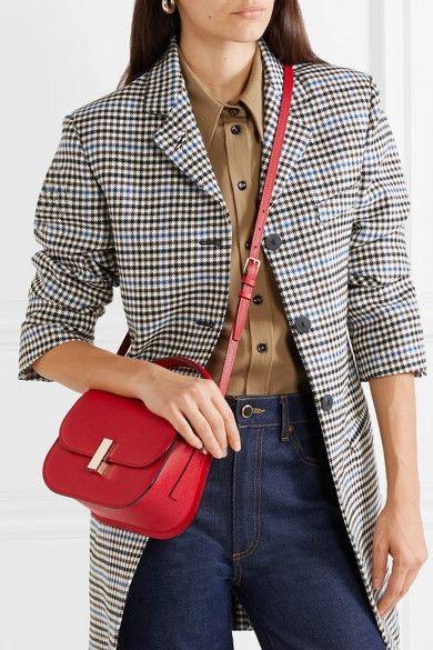 حقيبة الكتف مع المعطف الكاروهات