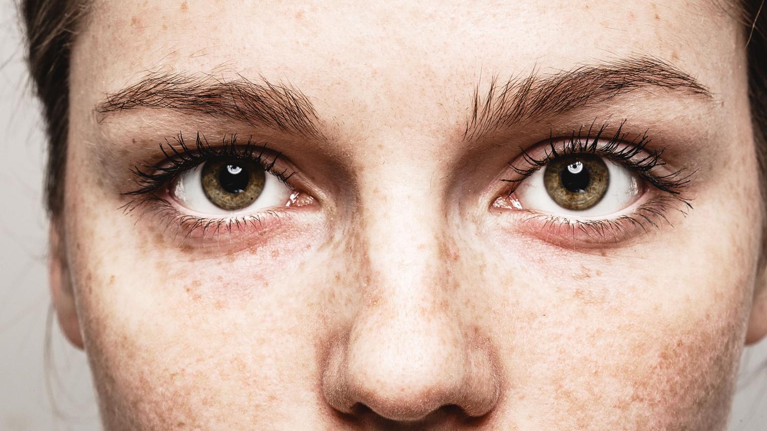 تمتلك المرأة القدرة على قراءة الوجوه