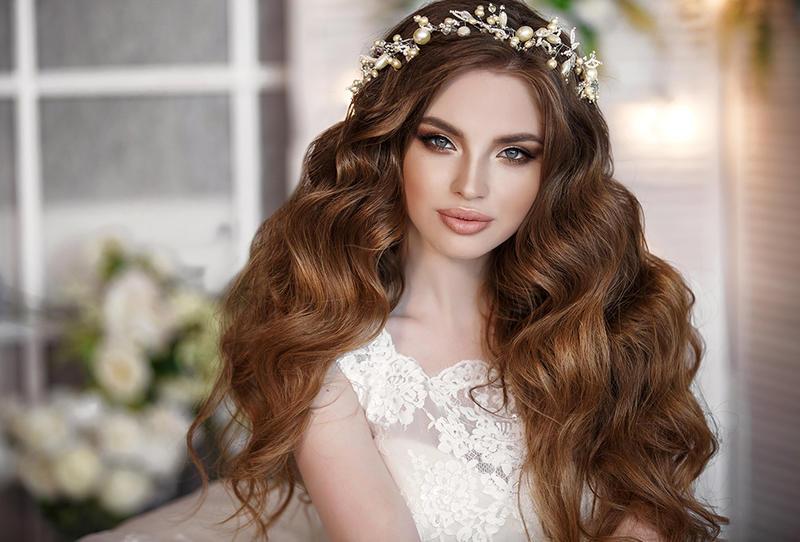 شعر طويل مثالي للعروس قبل الزفاف