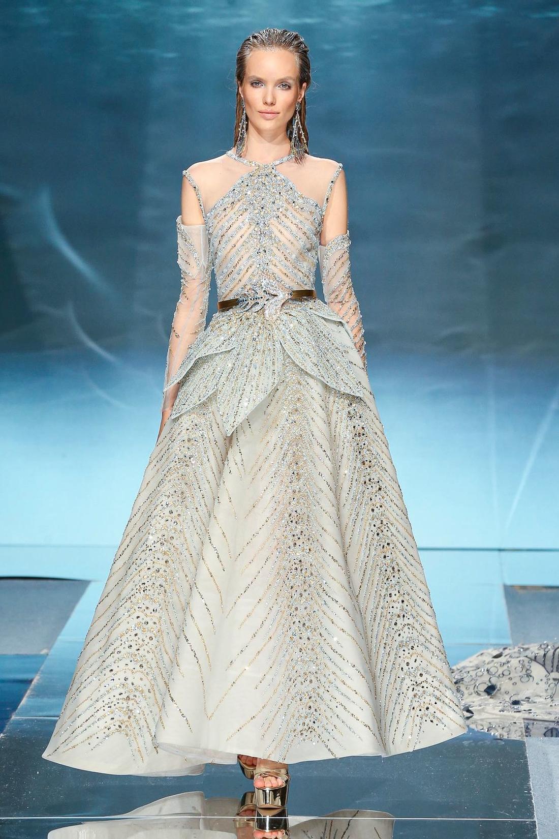 فستان من زياد نكد Ziad Nakad