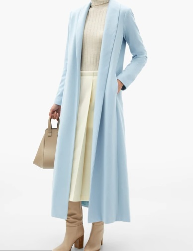 معطف باللون اللبني من Michelle Waugh