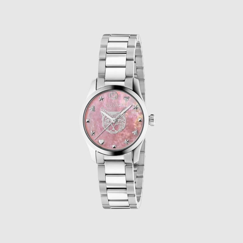 ساعة باللون الزهري من جوتشي
