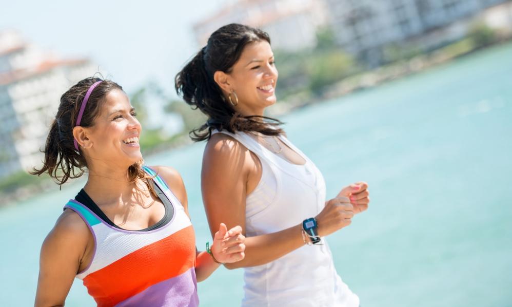 حافظي على رياضة المشي السريع لحماية الكتلة العظمية