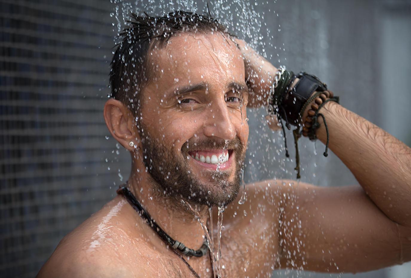 إليك ماذا سيحصل لأجسامنا عند الاستحمام بشكل يومي