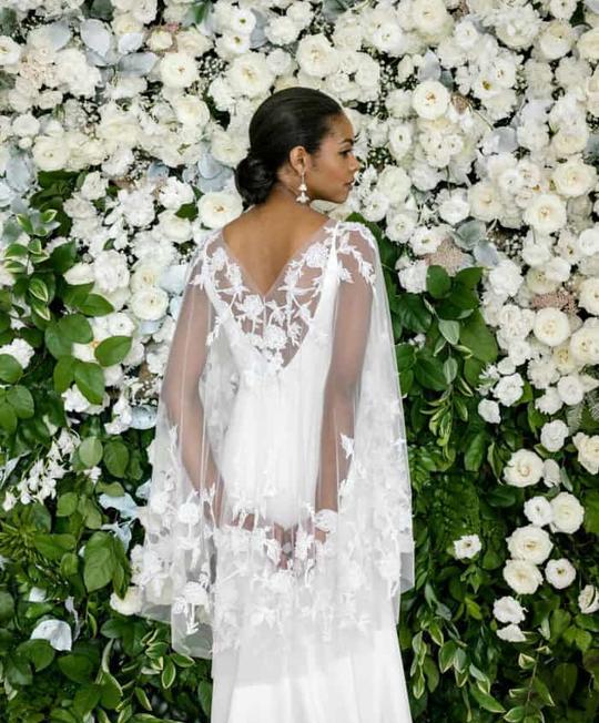 9b08bb7caafba أجمل صور فساتين زفاف ربيع 2019 بتصميم مميز من الخلف
