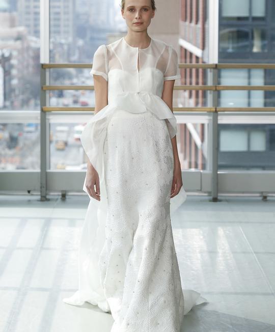 f6282b236ccf7 صور فساتين زفاف كم قصير لعروس ربيع 2019