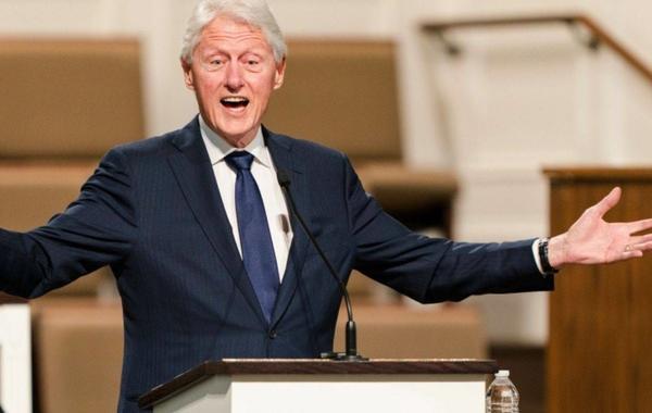 الرئيس الامريكي بيل كلينتون